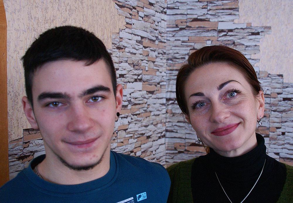 Anton Zaika und seine Mutter Olga.