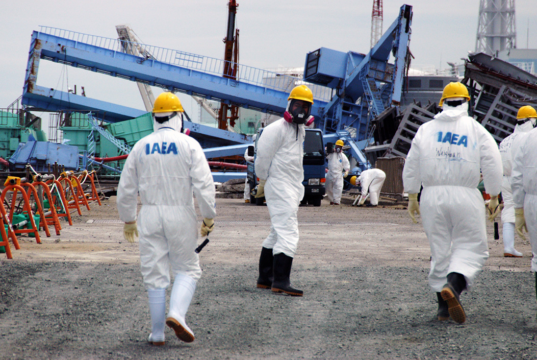 Die Internationale Atomenergieaufsichtsbehörde IAEA untersucht das Atomkraftwerk Fukushima nach der Atomkatastrophe