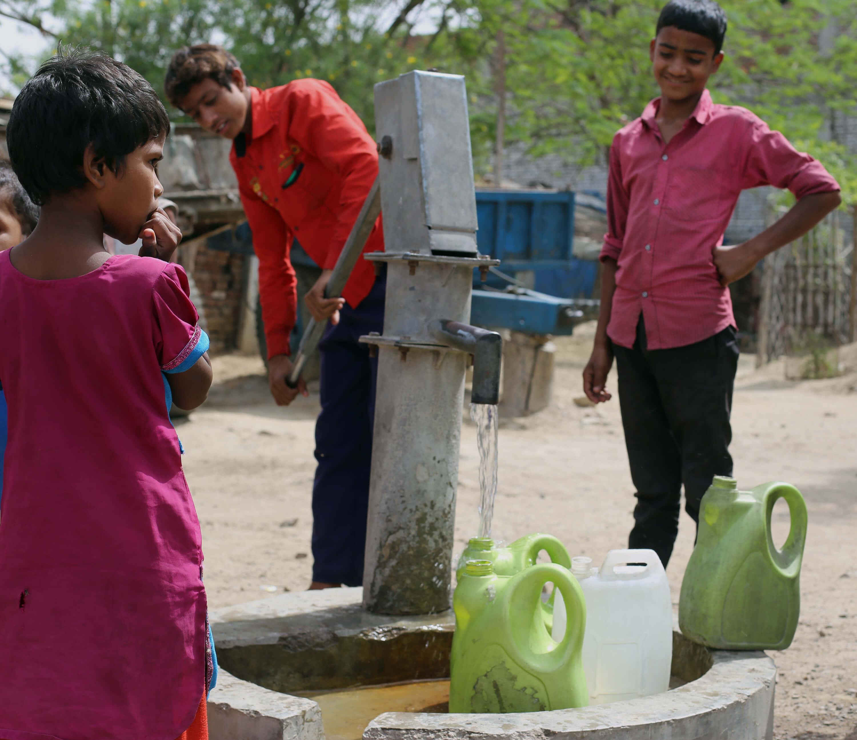 Belastetes Wasser in Indien