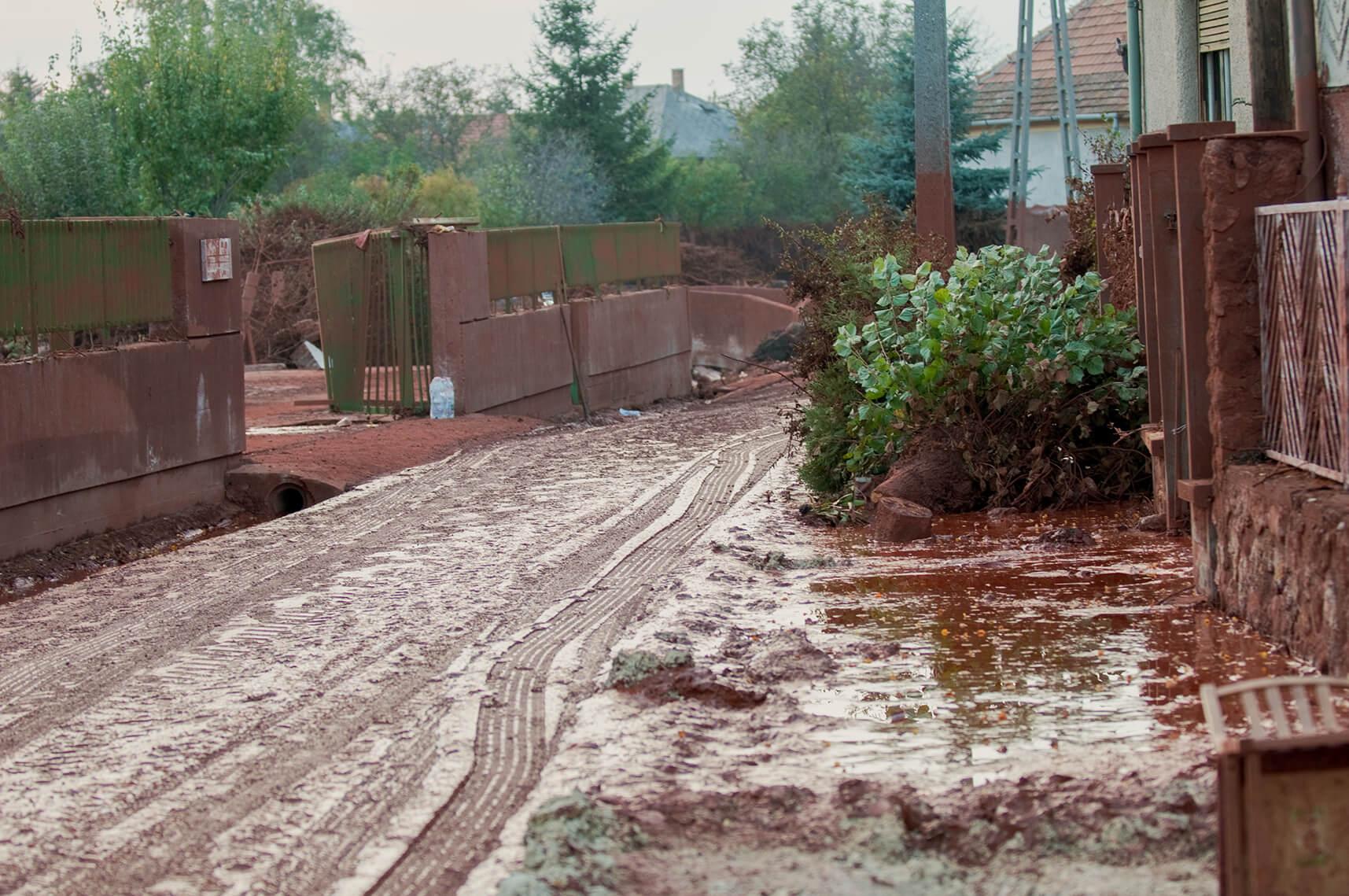 Rotschlamm Katastrophe in Ungarn 2010