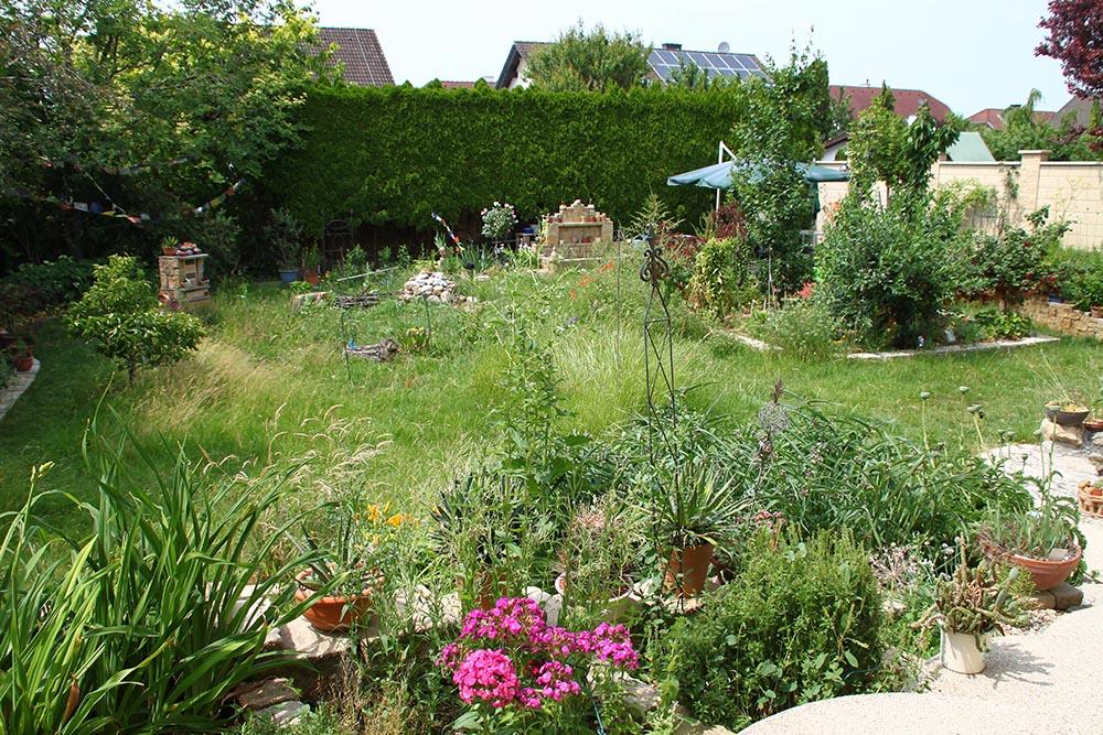 Garten von Frau Suppan im Sommer 2019