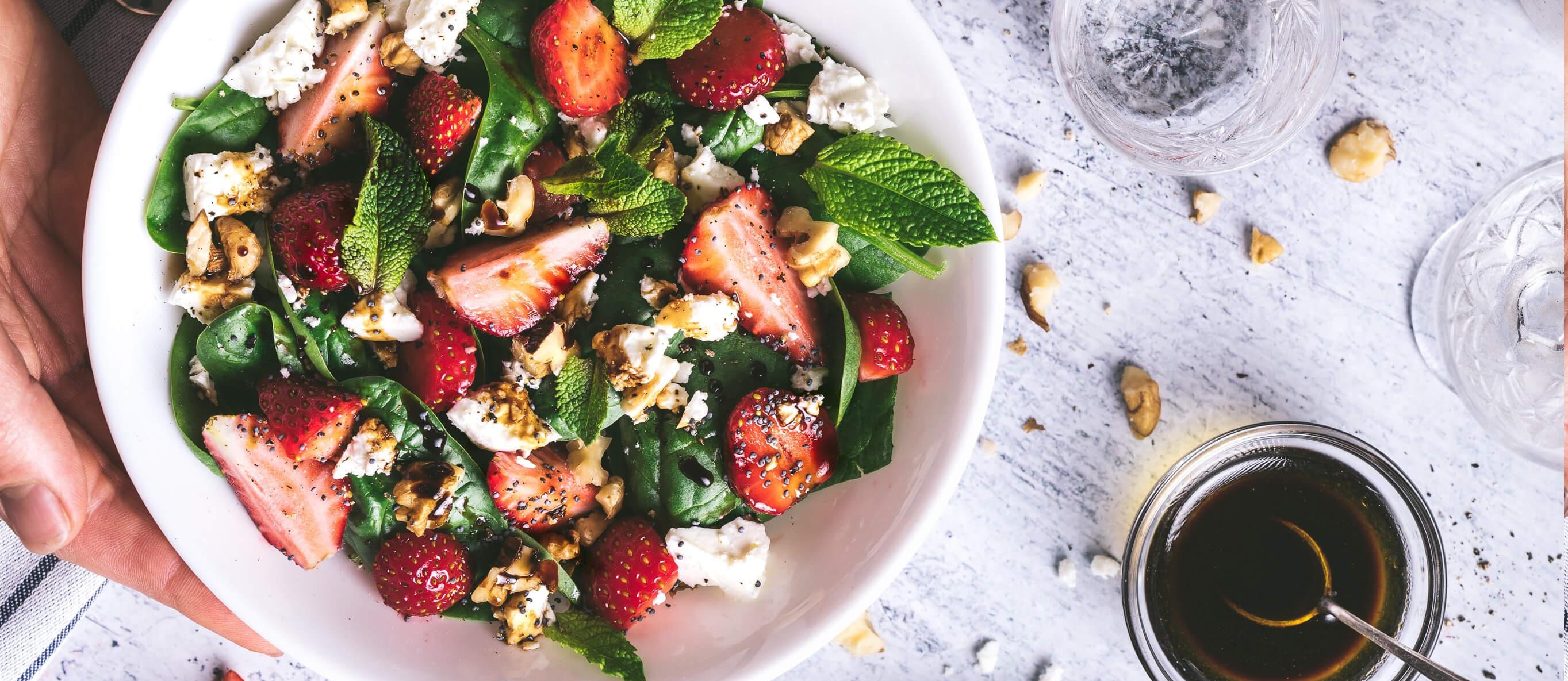 Salat Serviervorschlag Biowirtinnen Gewinnspiel